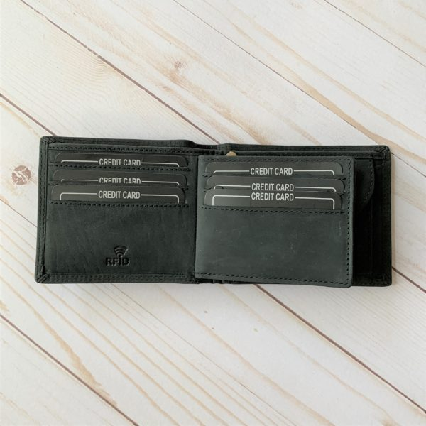 Black Aviator Wallet interior with credit cards